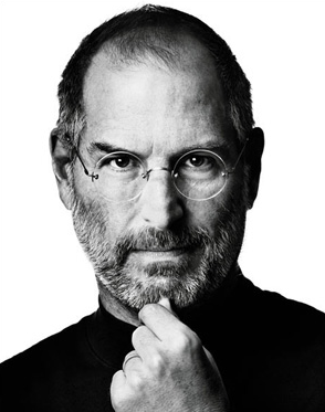 Steve Jobs renuncia como CEO a Apple